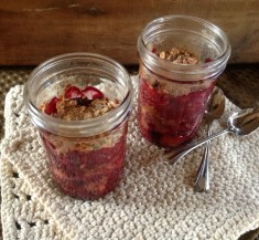 Mason Jar Fruit Crisp