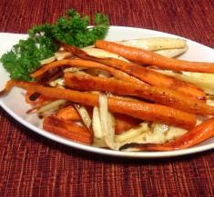 Honey Glazed Roasted Carrots and Parsnips