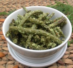 Roasted Green Beans with Dill Sauce