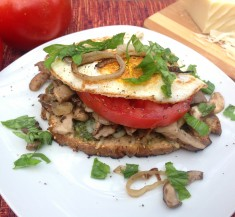 Egg and Mushroom Sandwich with Basil Pesto