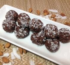 Chocolate Chia Energy Bites