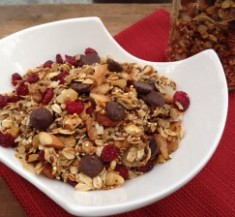 Banana Dark Chocolate Granola