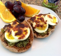 Mini Pesto Egg Sandwich