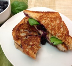 Grilled Chicken Sandwich with Basil and Blueberry Sauce
